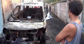 Mobil Via Vallen Terbakar